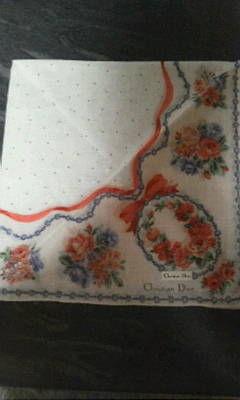 ディオール ピンク系リボンと花柄ハンカチ