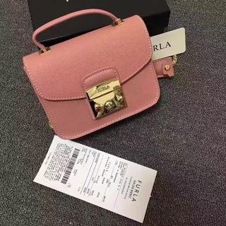 FURLAショルダーバッグ薄ピンク