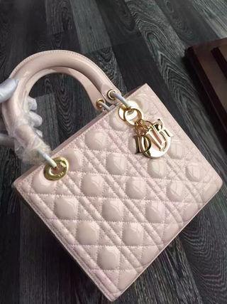 ディオール新品Diorハンドバッグ エナメル 国内発送