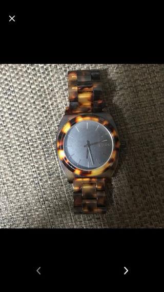 NIXONべっ甲腕時計