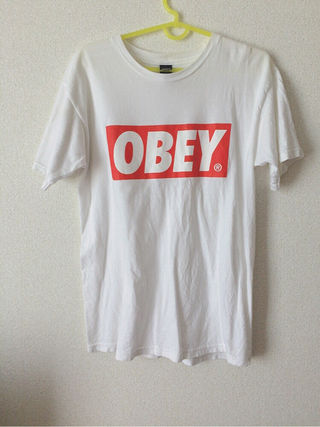 OBEY ロゴTシャツ
