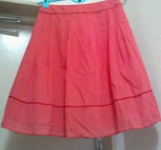 アプワイザーの夏物スカート