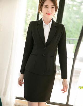 ブラックスカートスーツ大きいサイズ