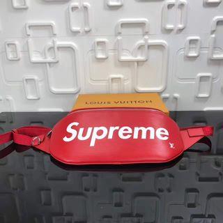 高品質人気商品Supreme m53418 ボディバッグ