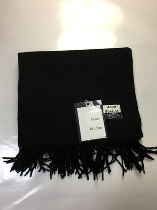 Acne Studiosスカーフ マフラーピン付きブラック