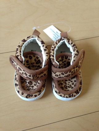 ヒョウ柄ベビー靴