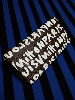 ペイントジッピー長財布