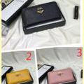 国内発送 高品質美品 定番人気財布