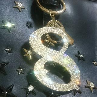 ラインストーン8ナンバーチャーム金色(1・7・8、金、銀あり