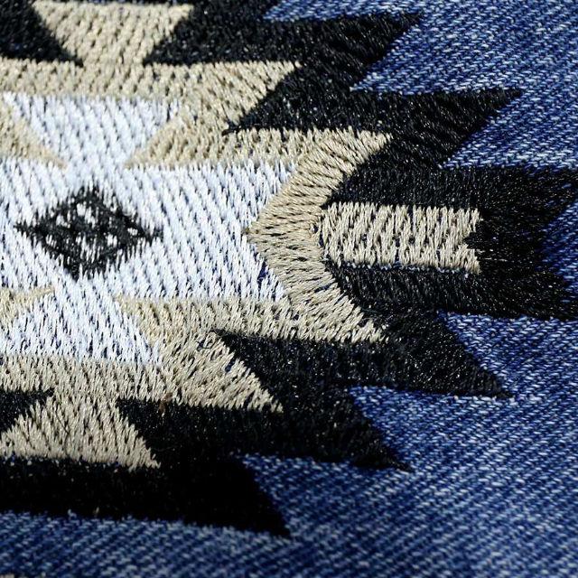 オルテガ 柄 刺繍 ダメージ カットデニム ショートパンツ