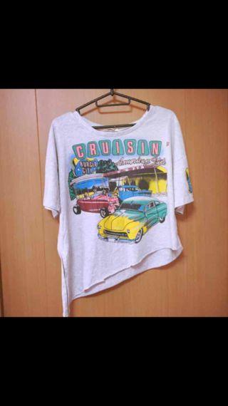 タグなし新品!CaSiTA(カシータ)のオシャレTシャツ