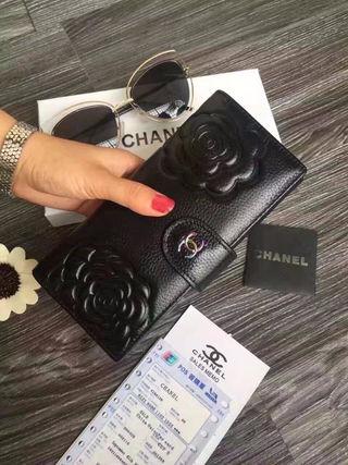 人気新品 シャネル カメリア 可愛い2つ折長財布