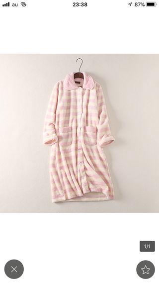 送料無料可愛い前開きネグリジェ ルームワンピースパジャマ