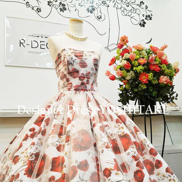 ウエディングドレス 白ベース花柄プリント