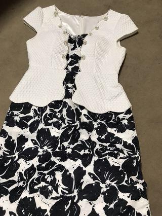 花柄ペプラムドレス