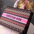 国内発送。ChristianDiorハンドバッグ