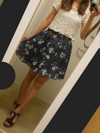 check×flower skirt