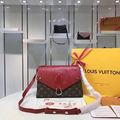 人気美品LouisVuittonハンドバッグ