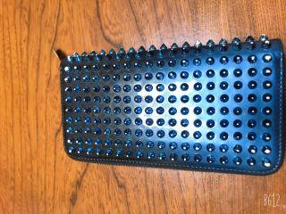 クリスチャンルブタン 財布