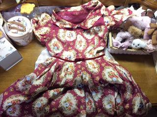 LIZLISA 姫系ヴィンテージ風花柄ワンピースボルドー