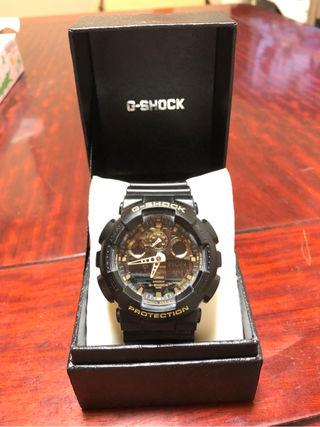 G-SHOCKの時計(迷彩)