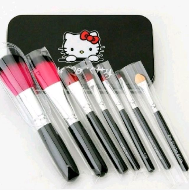 Hello Kitty ミニメイクブラシセット