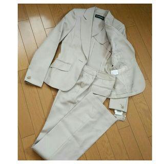 【新品】細身スタイル《ETHIQUEパンツスーツ》高級仕様