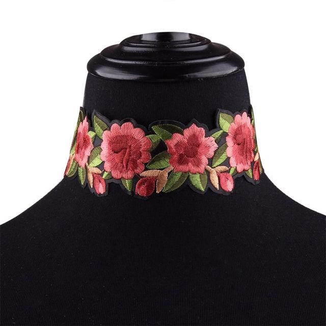海外セレブ使用インポート チョーカー 刺繍 花柄