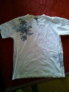 ガッチャ Tシャツ