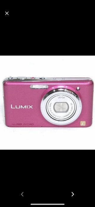 動画も撮れる可愛いピンクのパナソニックLUMIX