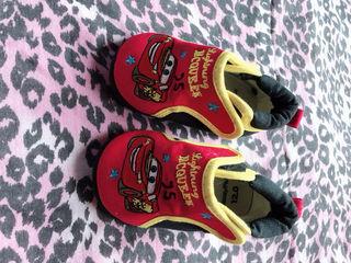 カーズ 靴