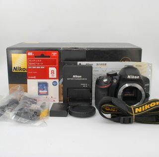 元箱・SDカード付きNikon D3200 ボディ