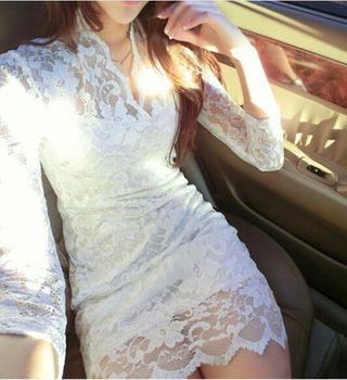 即日発送!深V花柄刺繍総レースホワイトミニドレス