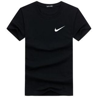 人気!ナイキBASIC半そでTシャツ9色