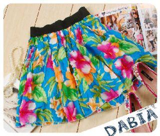 特価価格綺麗なカラーでか花柄ミニスカート残1色のみ