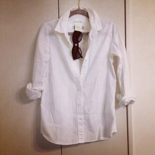 スタニング 定番白シャツ