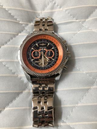 手巻き腕時計。近々削除します