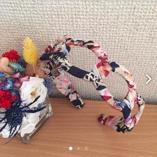 【人気】可愛い花柄 カチューシャ新品