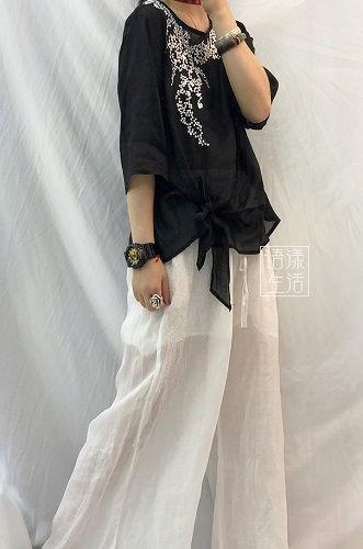 ~3L サイドリボンフロント刺繍トップス黒
