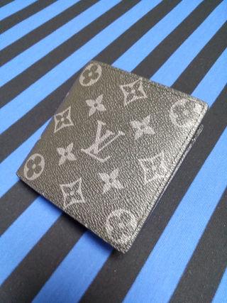 エクリプス☆二つ折り短財布