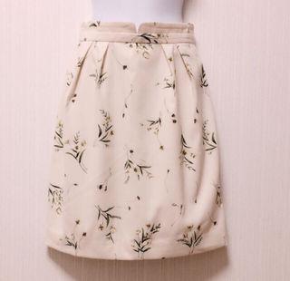 福袋限定花柄スカート