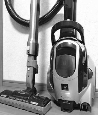 シャープ 2011年 軽量 サイクロン掃除機 黒