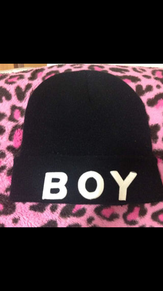 BOY 黒ニット帽