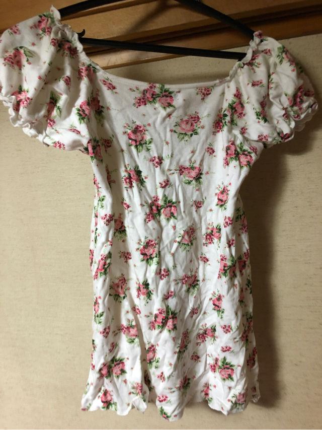 花柄 Tシャツ?