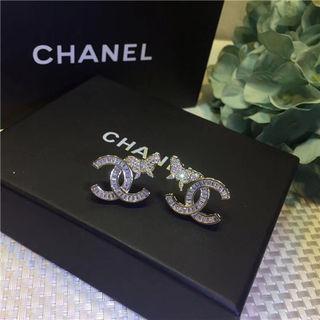 Chanelシャネル可愛いピアスグ 人気 プレゼント