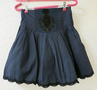 BPNのコルセット風ハイウェストスカート