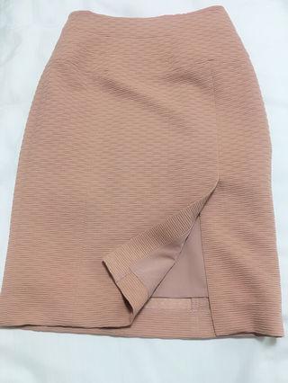 定価12,960円Noelaキャメル タイトスカート