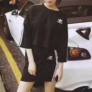 アディダス 人気スカートセットアップ女子力up