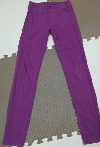 紫 スキニーパンツ UNIQLO