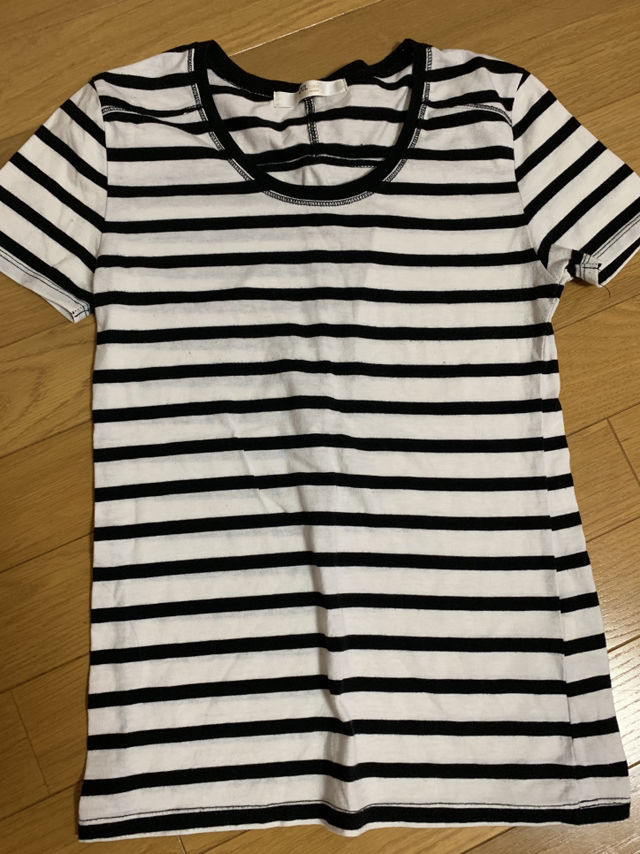 Tシャツ(AZUL by moussy(アズールバイマウジー) ) - フリマアプリ&サイトShoppies[ショッピーズ]